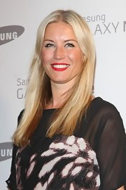 Denise van Outen wore her sleek locks down at the Samsung party.