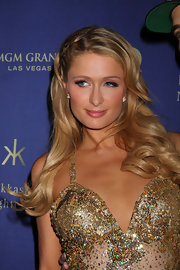 Paris Hilton chose a long and wavy style for her party look while out in Las Vegas.