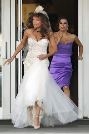 Vanessa Williams was on the run on set in this strapless bridal gown.