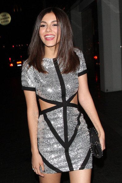 More Pics of Victoria Justice Cutout Dress (1 of 21) - Victoria Justice Lookbook - StyleBistro