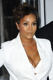 Vivia A. Fox wore her hair cropped in a fabulous short layered style for the 'Men in Black 3' premiere.