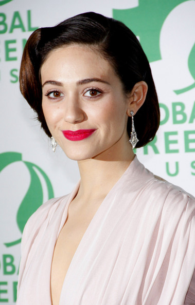 More Pics of Emmy Rossum Pink Lipstick (1 of 18) - Makeup Lookbook - StyleBistro