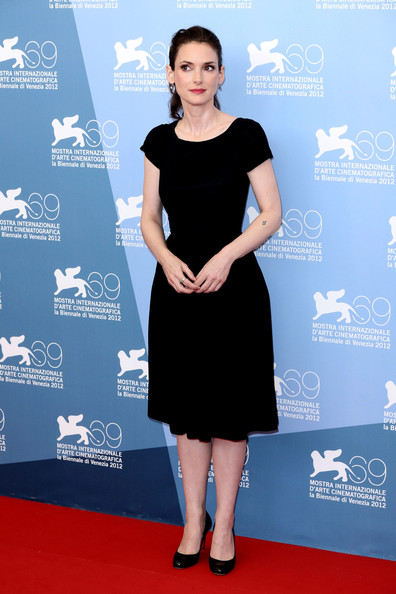 Winona kept it classic in her little black '50s-inspired dress at the 'Iceman' photocall.