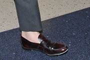 Ryan Gosling rocked a pair of vintage-inspired loafers as he hurried through LAX.