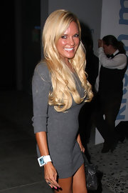Bridget shows off her long blonde locks at the Nu Pop Movement event at Kitson Boutique.