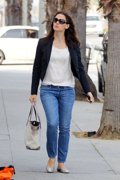More Pics of Jennifer Garner Blazer (1 of 8) - Jennifer Garner Lookbook - StyleBistro