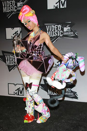 Nickin Minaj's colorful footwear intrigued all at the 28th Annual MTV Awards.