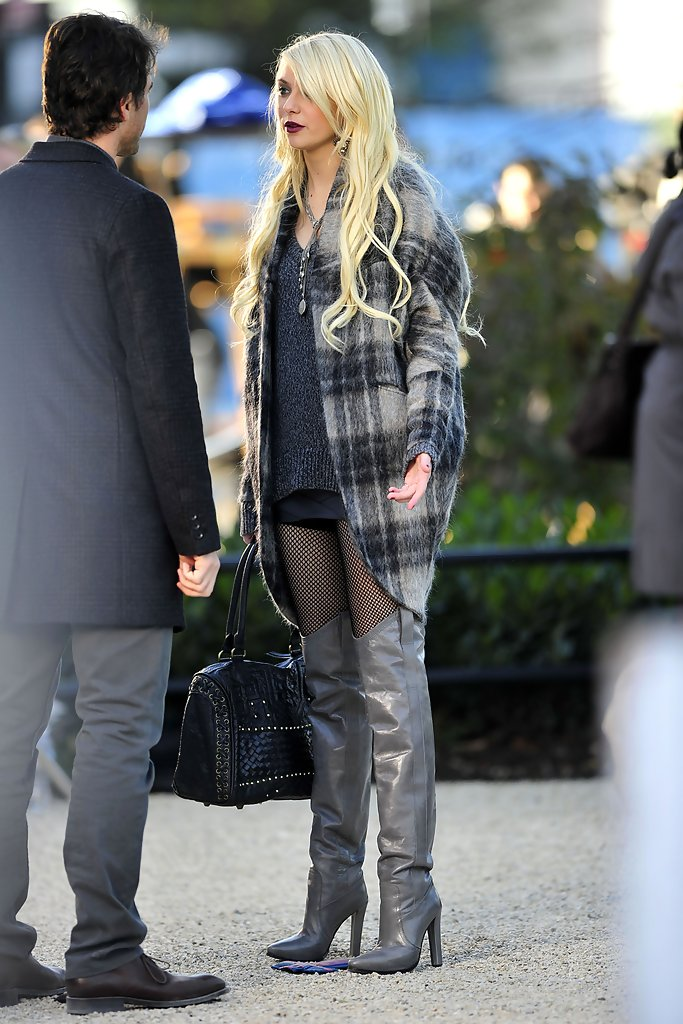 Shoe Culture | A Love Affair in Pairs: Stripper Heels Hot ... |Taylor Momsen Shoes