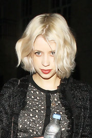 Peaches Geldof wore her platinum tresses in a cute wavy bob while out in London.