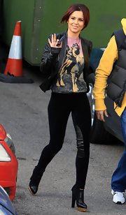 Cheryl Cole looked fabulous in Charlotte Olympia ankle boots. She paired the luxe shoes with black skinnies.