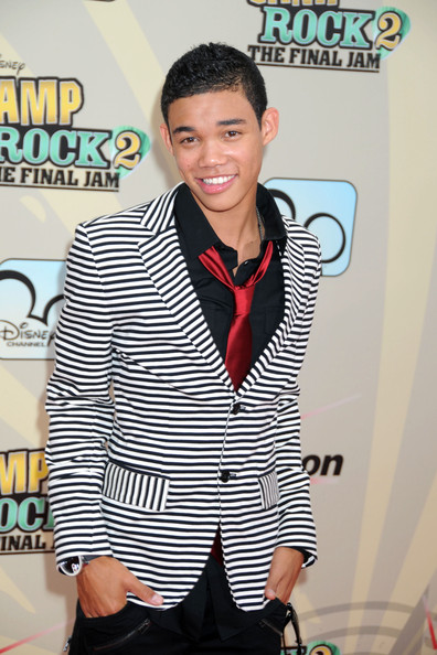 More Pics of Roshon Fegan Blazer (1 of 1) - Roshon Fegan Lookbook - StyleBistro