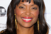 Aisha Tyler Long Wavy Cut with Bangs