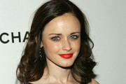 Alexis Bledel Medium Curls