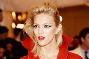 Anja Rubik Medium Straight Cut