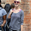Anne Hathaway Clothes - Sweatshirt