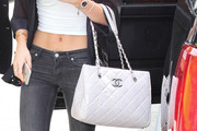 Bella Thorne Tote Bags
