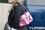 Dakota Fanning Chain Strap Bag