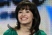 Demi Lovato Medium Wavy Cut with Bangs