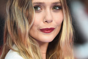 Elizabeth Olsen Shoulder Length Hairstyles