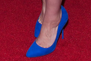 Debra Messing Pumps
