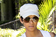 Halle Berry Plain Baseball Cap