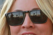 Kaley Cuoco Wayfarer Sunglasses