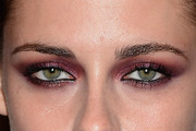 Kristen Stewart Bright Eyeshadow