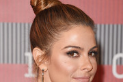 Maria Menounos Hair Knot