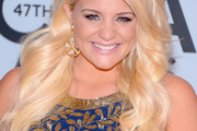 Lauren Alaina Long Wavy Cut