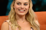 Margot Robbie Long Hairstyles