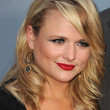 Miranda Lambert Hair - Medium Wavy Cut with Bangs