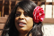 Niecy Nash Hair Bow