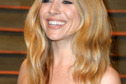 Sienna Miller Long Wavy Cut