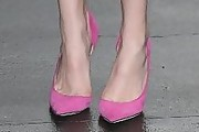 Bella Thorne Pumps