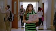A green and black striped dress ensured all eyes were on Jenna Ushkowitz on 'Glee.'
