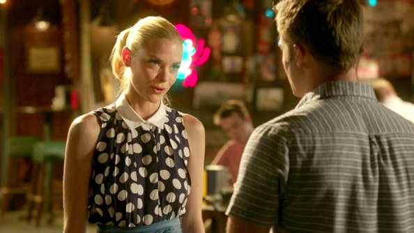 More Pics of Jaime King Day Dress (4 of 10) - Hart of Dixie Lookbook - StyleBistro