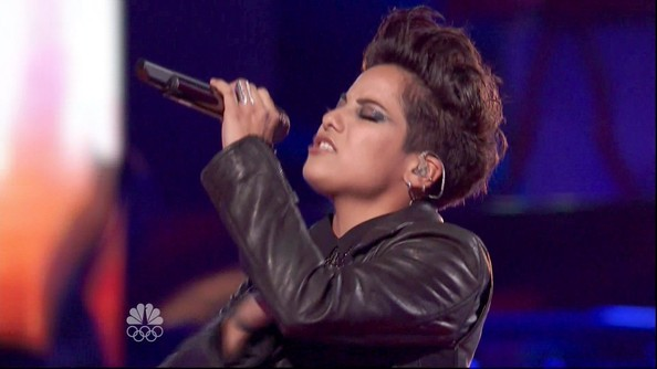 More Pics of Vicci Martinez Fauxhawk (1 of 4) - Vicci Martinez Lookbook - StyleBistro