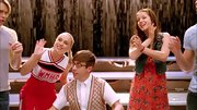 Melissa Benoist rocked a printed frock while performing on 'Glee.'