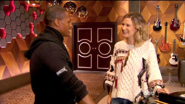 Jennifer Nettles Crewneck Sweater