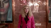 A hot pink blazer topped off AnnaSophia Robb's look on 'The Carrie Diaries.'