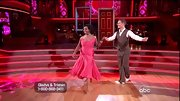 Gladys Knight was the picture of elegance for 'DWTS' in this off-the-shoulder coral gown.
