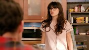 Zooey's bed hair is actually quite fabulous.