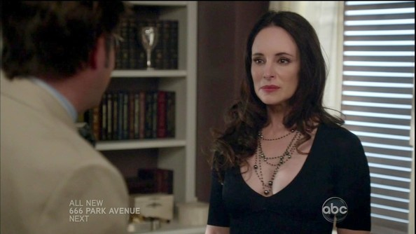 Madeleine Stowe added drama to her low-cut top with strands of black pearls.