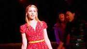 A red-print sundress gave Dianna Agron an all-American girl look on 'Glee.'