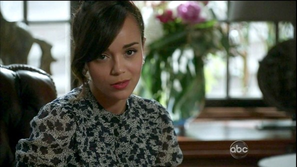 More Pics of Ashley Madekwe Print Blouse (1 of 2) - Ashley Madekwe Lookbook - StyleBistro