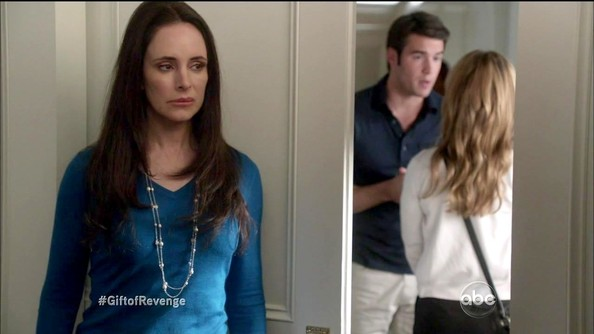 Madeleine Stowe made being up to no good look pretty sophisticated in this teal sweater.