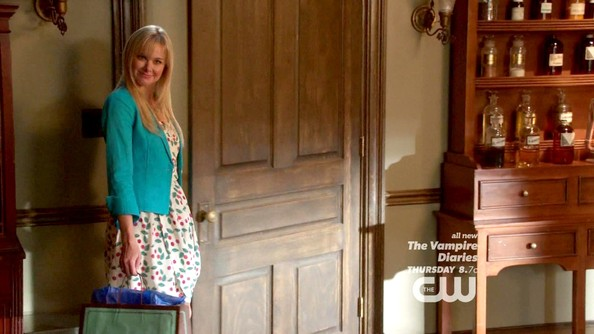 More Pics of Laura Bell Bundy Blazer (3 of 3) - Blazer Lookbook - StyleBistro
