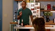 Lamorne Morris knows you can't go wrong with a basic tee.